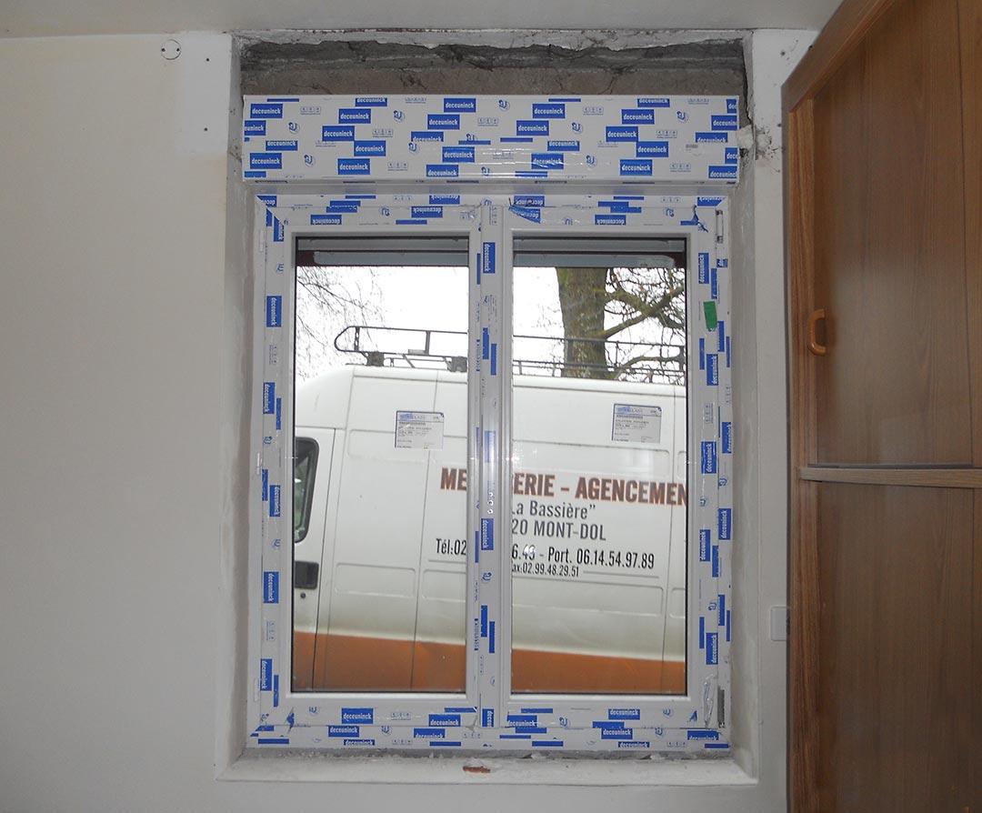 Pose d'une fenêtre - Vue intérieure