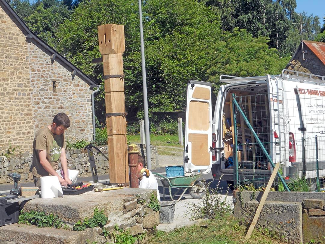 Rénovation d'une pompe en bois (pendant-2)