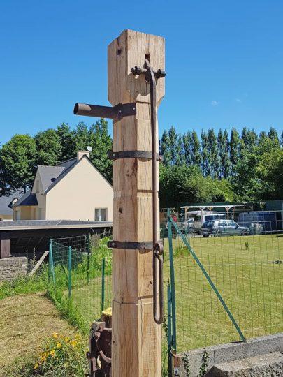 Rénovation d'une pompe en bois (final)